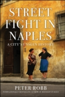 Street Fight in Naples