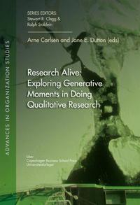 Research alive: exploring generative moments in doing qu